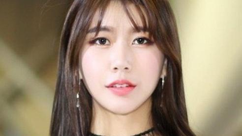 Nhan sắc nữ người mẫu ôtô Hàn Quốc làm giảng viên đại học danh tiếng