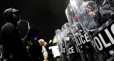 Biểu tình biến thành bạo lực, cướp bóc tại Mỹ