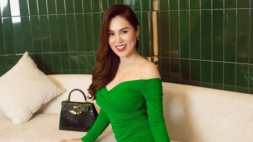 Thân hình thon gọn khó tin ở tuổi 41 của 'Hoa hậu ba con' Phương Lê