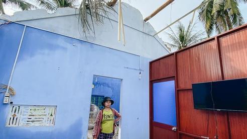 Người Bình Định lo lắng khi khắc phục hậu quả sau bão số 9: 'Nhà tốc mái hết rồi, chắc đợi qua cơn bão tiếp theo rồi tính'