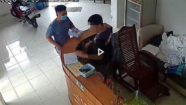 Bản tin cảnh sát: Vào khách sạn với thanh niên trẻ, phụ nữ 45 tuổi tử vong bất thường, trên người chỉ mặc 1 chiếc áo