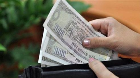 Mỗi ngày đưa chồng 30 nghìn nhưng vợ có quỹ đen 'khủng' gửi nhà ngoại
