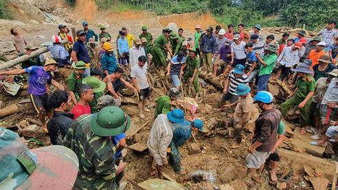 Vì sao sạt lở kinh hoàng liên tục xảy tại vùng núi Thừa Thiên Huế, Quảng Trị, Quảng Nam?