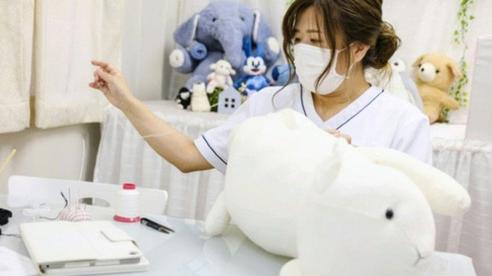 Độc lạ phòng khám chữa bệnh cho... thú nhồi bông ở Nhật, 'viện phí' có thể lên đến 111 triệu