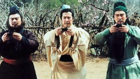 Quan Vũ - Trương Phi thân như thủ túc, tại sao đến Đông Ngô rước dâu Lưu Bị không dẫn theo mà lại cố ý chọn Triệu Vân hộ vệ?