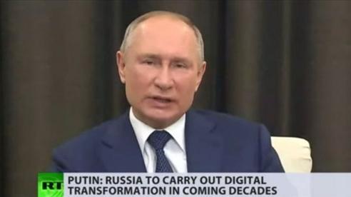 Tổng thống Putin tuyên bố chuyển đổi toàn bộ nước Nga sang số hóa trong 10 năm tới