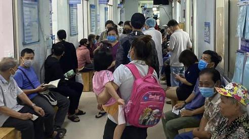 Vụ bệnh viện bị bao vây sau cái chết bất ngờ của nữ công nhân ở TP.HCM: Giám đốc bệnh viện nói gì?