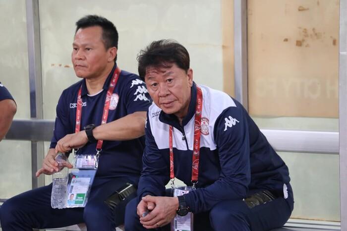 HLV Chung Hae-seong bức xúc sau khi rời CLB TP.HCM.