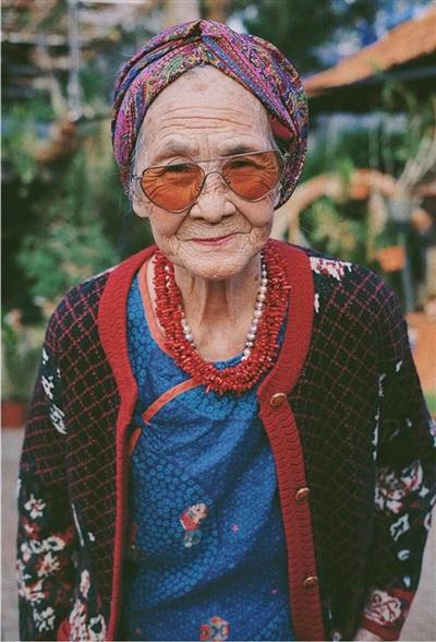 Loạt ảnh cực chất của bà ngoại.