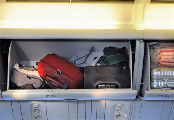 Việc chấp hành đúng quy định về cân nặng của hành lý xách tay giúp đảm bảo sức tải tối đa của cả khoang hành lý.