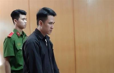 Quá trình điều tra và tại tòa, Tín thừa nhận hành vi phạm tội, tỏ ra ăn năn hối hận nhưng điều này không giúp bị cáo có cơ hội làm lại cuộc đời.