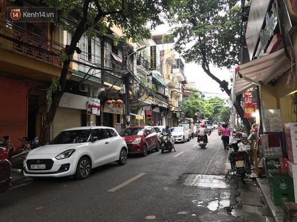 Khu vực xảy ra vụ ẩu đả giữa Lưu Đê Ly và một người phụ nữ trên phố Hàng Buồm.