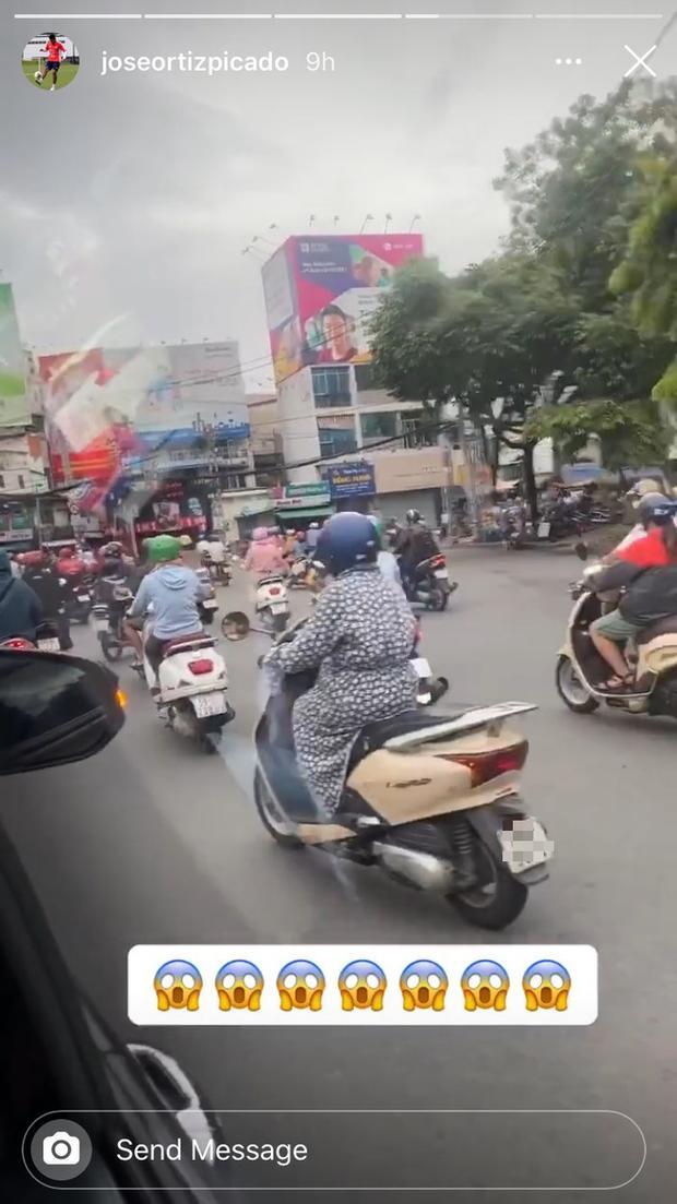 Jose Ortiz đăng tải đoạn clip ngắn về chuyến du ngoạn đường phố Sài Gòn. Ảnh: Insta