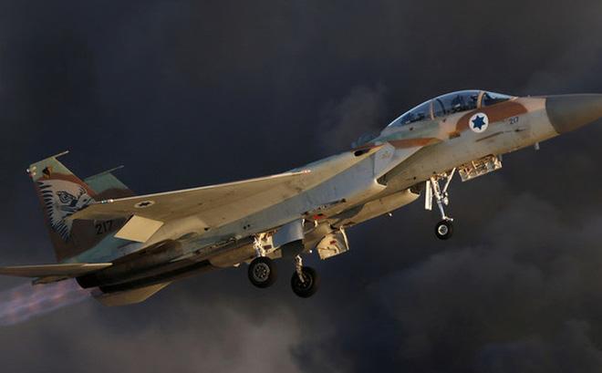 Tiêm kích F-15 của không quân Israel (Ảnh: Reuters).