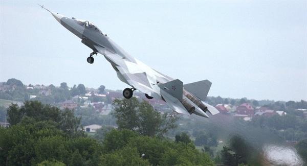 Một chuyến bay thử nghiệm của Su-57. Ảnh: Sputnik