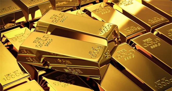 Giá vàng thế giới chiều 7/8 bất ngờ giảm, trong nước sắp chạm mốc 63 triệu đồng/lượng.