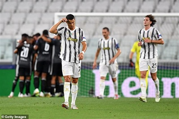 Nỗi buồn của Ronaldo