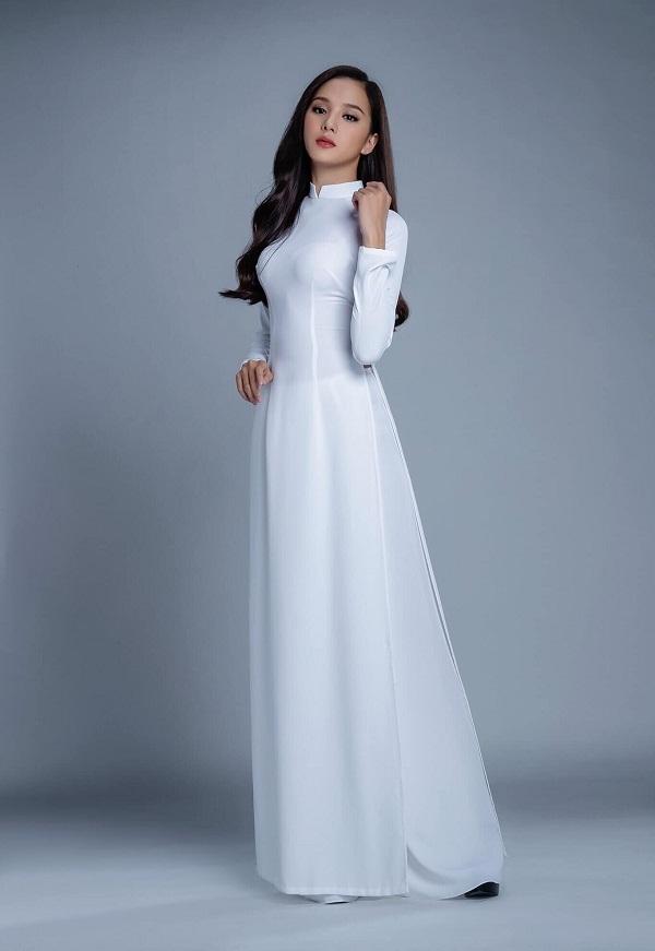 Là cái tên không còn xa lạ trong giới sắc đẹp nên ngay từ khi xuất hiện trên trang chủ của Hoa hậu Việt Nam, Bích Thùy (sinh năm 2001) đã nhận được sự cổ vũ nhiệt tình của người hâm mộ cho hành trình chinh phục vương miện.