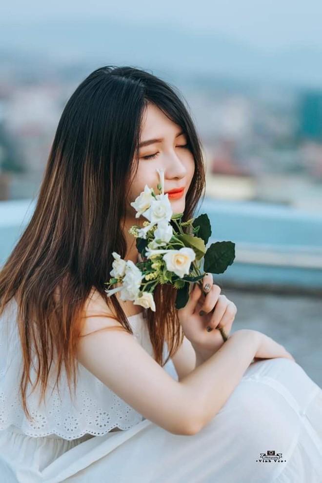 Phan Hoài Thu, sinh năm 1999 đến từ Bắc Giang, hiện tại đang là sinh viên chuyên ngành Cơ điện tử, cô nàng cũng là cái tên đáng chú ý trong cộng đồng trường Cao đẳng Bách Khoa Hà Nội.