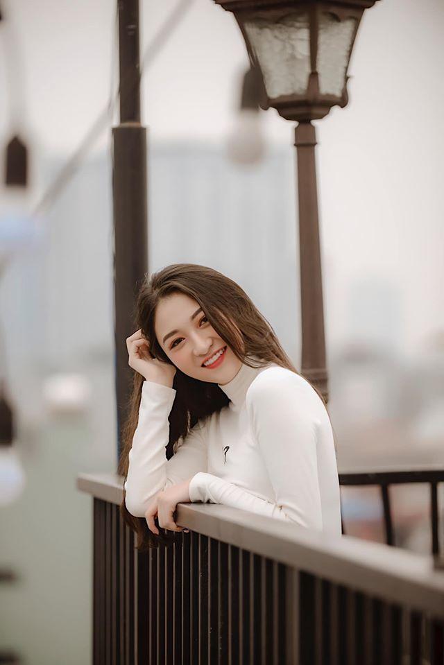 Cô rất đam mê diễn xuất, tuy nhiên, vì là sinh viên năm cuối khoa Thanh nhạc - ĐH Sư phạm nghệ thuật trung ương nên muốn dành thời gian cho việc học.