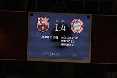 Tỉ số hiệp 1 nghiêng về Bayern Munich