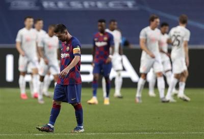 Kỷ nguyên Messi và Barcelona đã chấm dứt