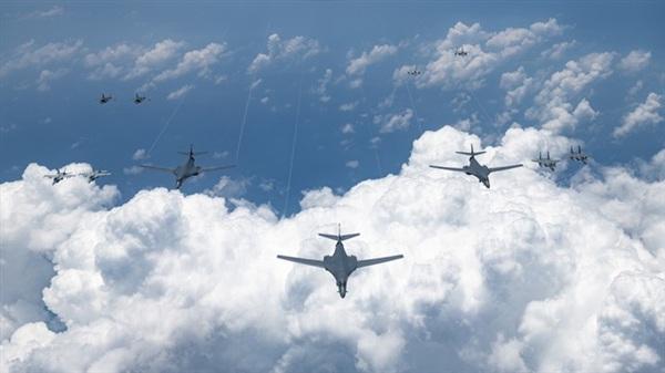Máy bay ném bom B-1 của Không quân Mỹ. Ảnh: Không quân Mỹ.
