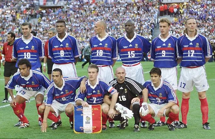 Non nửa đội hình vô địch World Cup 1998 sẽ sang Việt Nam