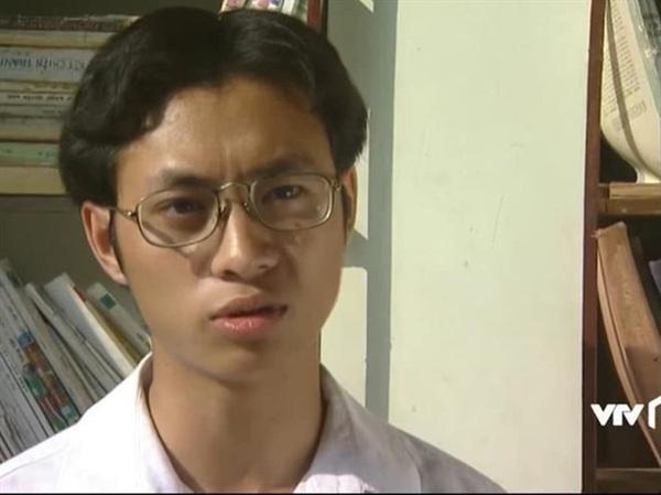 Nguyễn Thành Vinh hoàn thành tốt vai diễn Nam thư sinh trong Phía Trước Là Bầu Trời.