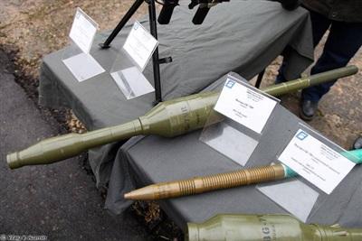 Các loại đạn cải tiến dùng cho súng RPG-7: 1/ Đạn Tandem chống tăng PG-7VR; 2; Đạn nổ phá phân mảnh OG-7V; 3/ Đạn nhiệt áp TBG-7V. Ảnh: Vitalykuzmin.