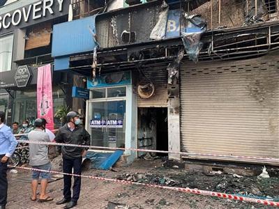Công an xác định có người gây ra vụ cháy ngân hàng ở đường Nguyễn Oanh, quận Gò Vấp vào rạng sáng 14/9