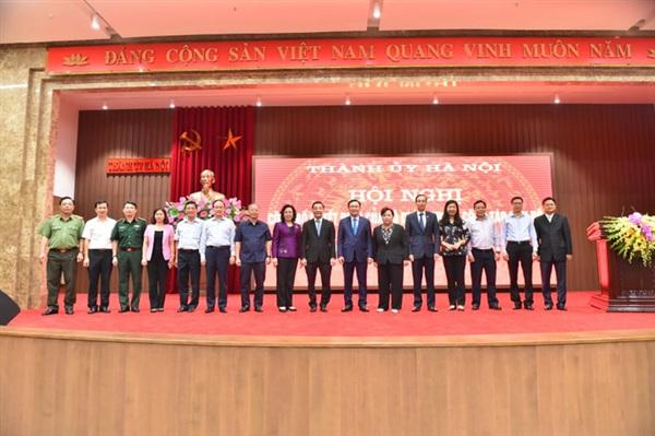 Tân Phó Bí thư Thành ủy Chu Ngọc Anh và Ban Thường vụ Thành ủy Hà Nội