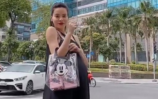 Hồ Ngọc Hà đích thân khoe bụng bầu trong video.