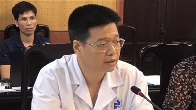 PGS.TS Lê Hữu Doanh - Phó Giám đốc BV Da liễu Trung ương.