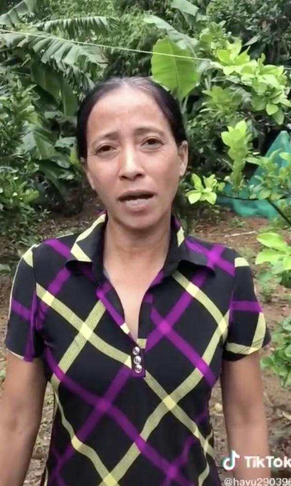 Bà Lý Vlog trong video tuyên bố ngừng làm clip