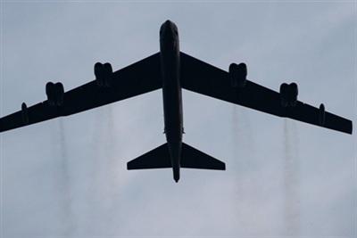 Máy bay ném bom chiến lược B-52 của Mỹ gây áp lực cực lớn lên lực lượng ly khai miền Đông Ukraine