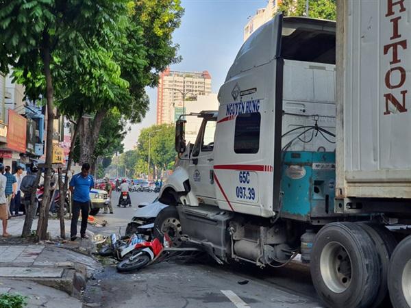 Vụ tai nạn khiến nhiều người hoảng sợ