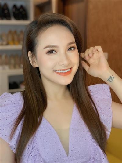 2020 quả là một năm với những mỹ nhân showbiz, Bảo Thanh trở thành cái tên tiếp theo mang thai sau Hà Hồ, Đông Nhi,...