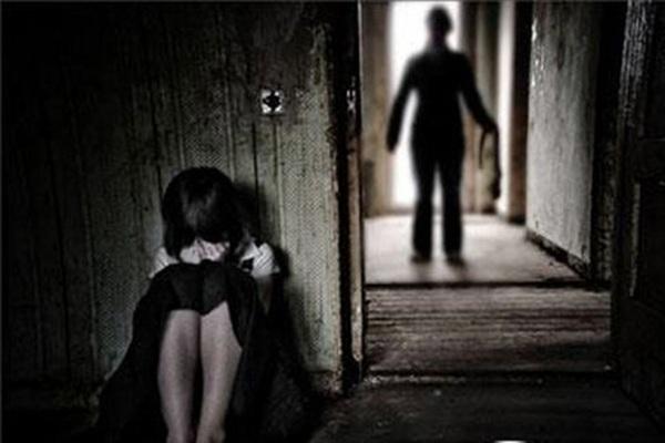 Điều tra vụ nữ sinh 12 tuổi ở Nghệ An tố bị bảo vệ trường học hiếp dâm - Ảnh minh họa