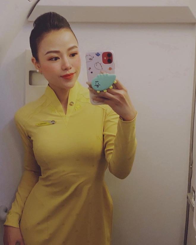 Phương Ly mới lên chức Tiếp viên trưởng tháng 12/2019