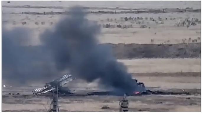 Armenia tuyên bố quân đội Nagorno – Karabakh đã 'bắn rơi 2 trực thăng của Azerbaijan bằng tên lửa đất đối không Igla. Ảnh: Twitter