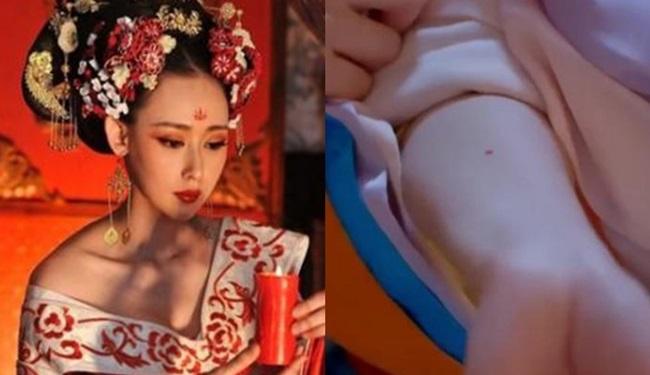 Thủ cung sa là vết son đỏ trên tay để kiểm tra trinh tiết của phụ nữ xưa.