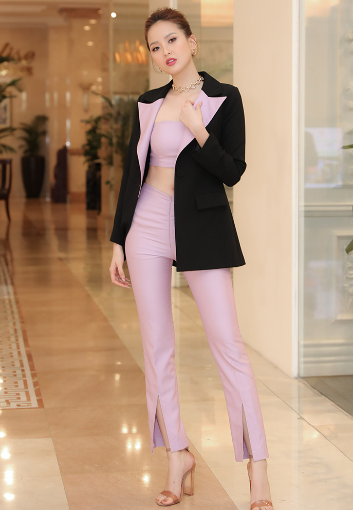 Đỗ Trần Khánh Ngân- Hoa khôi Du lịch Việt Nam 2017 tham gia buổi sơ khảo với vai trò giám khảo. Trong 3 năm đương nhiệm, cô đã đoạt vương miện Hoa hậu Hoàn cầu (Miss Globe), đồng thời nỗ lực vớivai trò của một đại sứ du lịch.