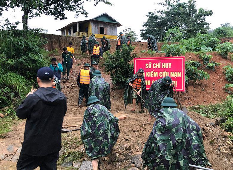 Sở chỉ huy nơi vụ sạt lở vùi lấp 22 người ở Hướng Hóa, Quảng Trị.