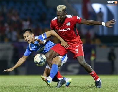 Thua chung cuộc 1-3, HAGL dậm chân ở vị trí thứ 7 trên BXH với 20 điểm. Họ thua 3 trận liên tiếp với các tỷ số 1-4 trước Viettel, 0-4 trước Hà Nội FC và giờ là 1-3 trước Than Quảng Ninh