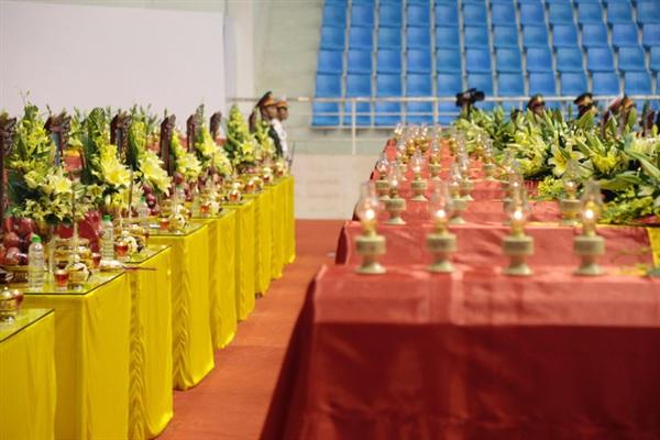 Theo tường thuật của Báo Người lao động, bà Trần Thị Thu (72 tuổi, ngụ phường 3, TP Đông Hà) cho biết đây là lần 3 có mặt tại Nhà thị đấu Đa năng tỉnh.