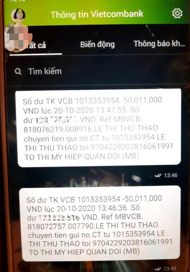 Tin nhắn báo tài khoản của chị Thảo bị trừ tiền