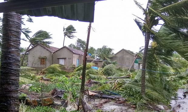 Cơn bão có sức gió rất mạnh, gây thiệt hại lớn tại TP Nha Trang, Khánh Hoà (Ảnh: Vietnamnet)