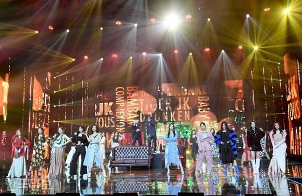Miss Korea 2020 chỉ được phát sóng trên mạng vì tình hình Covid-19, sân khấu bị nhận xét kém đầu tư
