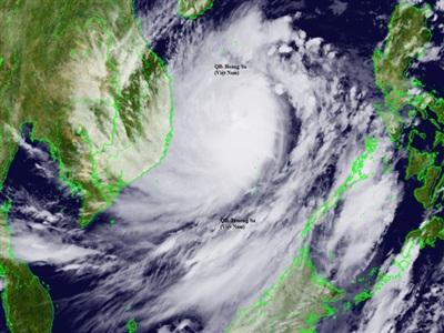 Hình ảnh vệ tinh cho thấy rìa mây của bão trải rộng khắp Biển Đông